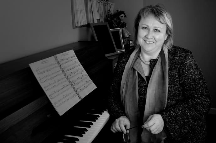 Larisa Tolstykh - Profesora de piano Escuela de Música Alarcón